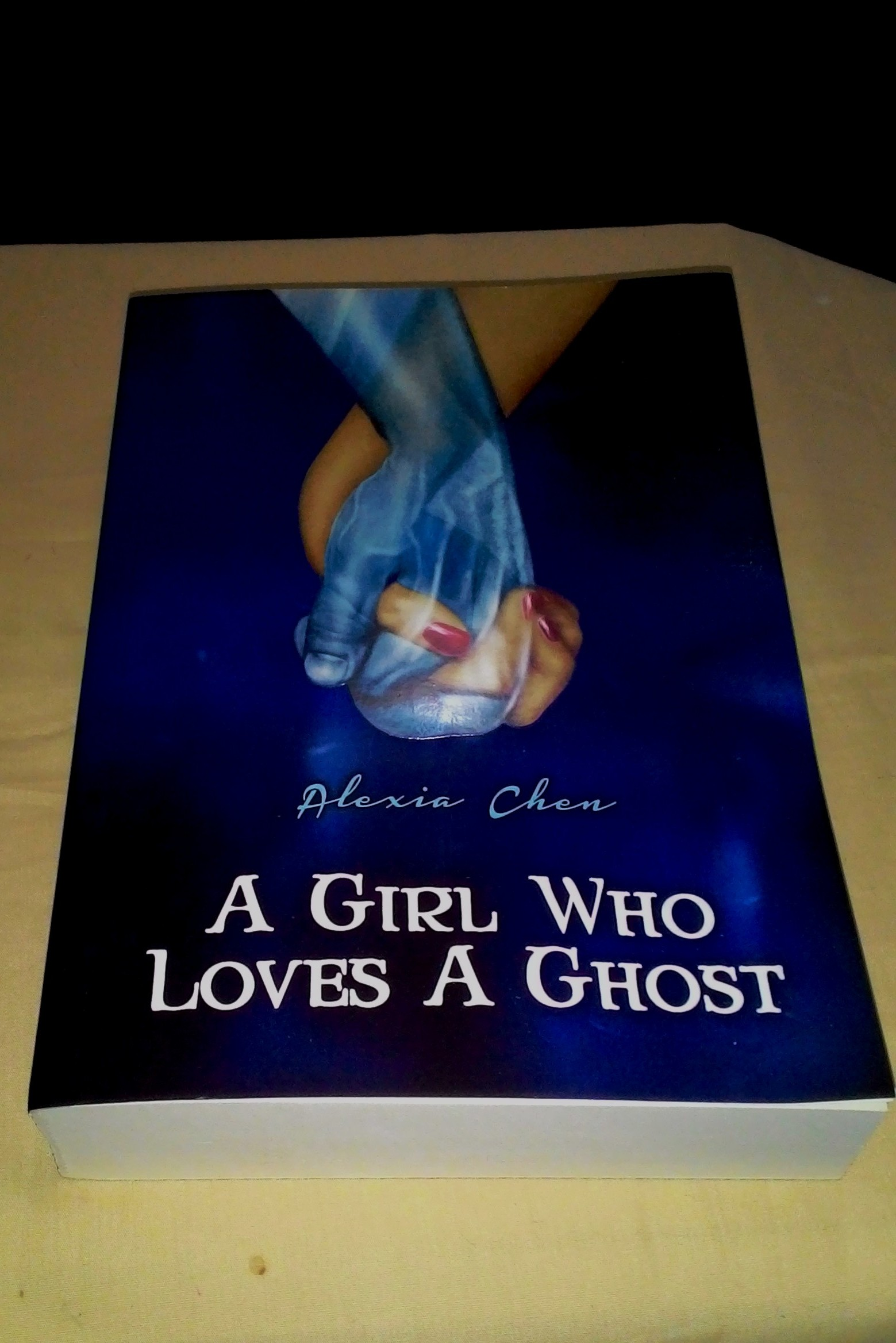 Review: A Girl Who Loves a Ghost